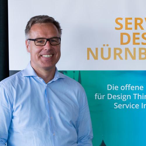 Stefan Wacker ist Initiator und Organisator von Service Design Nürnberg & Service Design Summit